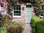 WREN COTTAGE, family friendly, character holiday cottage, with a garden in Bagby, Ref 2983
