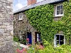 TY-DOLI, pet friendly, character holiday cottage, with open fire in Llangattock, Ref 3579