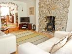ROSEMARY COTTAGE, pet friendly, character holiday cottage, with a garden in Tavistock, Ref 3720