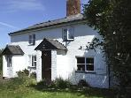 1 LYNDALE COTTAGES, pet friendly, character holiday cottage, with a garden in Kingstone, Ref 4130