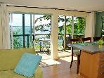 BEACH~Sunny Waterfront~Kitchen & BBQ~Comfy & Cozy