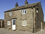 NEW COTTAGE FARM, family friendly, country holiday cottage, with a garden in Buxton, Ref 6069