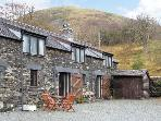 THE GRANARY, family friendly, character holiday cottage in Tal Y Llyn, Ref 7350