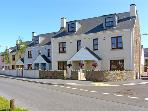 SANDY HARBOUR, family friendly, luxury holiday cottage, with a garden in Burry Port, Ref 7510