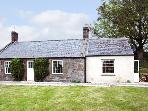 BALBIRNIE COTTAGE, pet friendly, country holiday cottage, with a garden in Brechin, Ref 7516