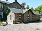 COURTYARD COTTAGE, family friendly, country holiday cottage, with a garden in Forfar, Ref 7632