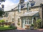 TOWNFOOT COTTAGE, family friendly, character holiday cottage, with a garden in Elsdon Near Otterburn, Ref 866
