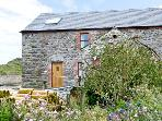 MUNCASTER VIEW , pet friendly, character holiday cottage, with open fire in Ravenglass, Ref 9863