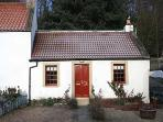 Edinburgh 2 Bedroom House (CULROSS - Fife - FF227)
