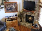 6 BR 6 BA Cabin Sleeps 22  by Silver Dollar City!!