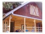 3-Bedroom Modern Yellowstone Cabin - Sleeps 9
