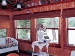 4 Bedroom Lake Front Cabin in White Mts of NH