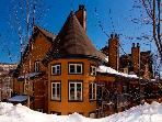 Super House in Mont Tremblant (Les Manoirs | 124-7)