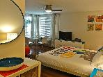 South Beach large studio w/pool, 2 blocks to beach 208