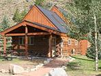 Gorgeous 1 BR Cabin with Large Loft at Three Rivers Resort in Almont (#26)