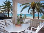 IDEAL FAMILY | GREAT APARTMENT FRONT OF THE BEACH