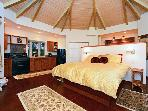 Maui's Most Romantic Cottage--May Special $100 OFF