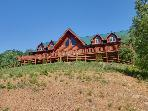 Moose Hollow Lodge-Spectacular Mansion on a Hill