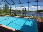 Sunrise - SW Cape Coral 3b/2.5ba Electric Heated Pool, large Intersection Gulf Access Canal, HS Internet,