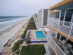 Direct Oceanfront Unit! 1 Bed/1.5 Bath Sleeps 6!