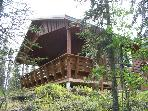 Cabin rental in Alaska&#39;s quiet, wilderness setting