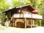 Charming chalet w/ pool, tennis, golf - Storyland!