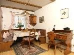 Vacation Apartment in Garmisch-Partenkirchen - 1291 sqft, furnished stylishly (# 565) #565
