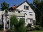 Vacation Apartment in Görlitz - outdoor pool, beautiful spacious backyard, parking provided (# 874) #874