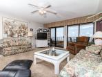 SD 502: Beautiful, spacious condo,brand new kitchen,WI-FI,flatscreen TVs