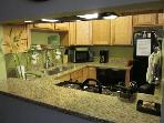 2 Fab &#39;n Comfy SLC condos 2mi to City/Close to Ski