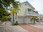 Holmes Beach Holiday Rental - 2 Bedrooms - 205 73rd Stree