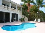 Sea ForeverDirect Oceanfront Pool Home in Marathon