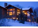 Luxury Mountain Lodge at the Base of the Mountain