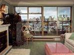 Granville Island View Condo - 1 Bedroom with Mountain Views