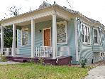3BR Home Near Trinity University and Brackenridge Park - Renovated in 2011! *NEW PHOTOS*