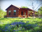 Beautiful 1BR Cabin - Experience the Best of Texas Hill Country! *Private Hot Tub*