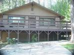 Fantastic home near the lake- deck, kitchen, BBQ, fireplace, w/d