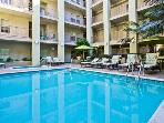 The Ruby Deux-Beverly Hills - Pool, Parking, WiFi
