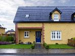 ADARE COTTAGE en-suite bathroom, pet-friendly in Adare Ref 4595