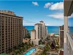 Trump Hotel in Waikiki, steps from the beach!
