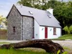 John&#39;s Romantic Irish  cottage