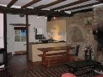Charming 2 bedroom cottage - B002