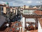 Your cosy roof top home away from home in S.Croce