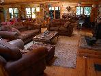 PAPA BEAR'S LODGE.. a log cabin retreat