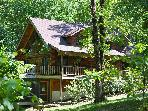 The Refuge - Real Log Home - Tall Pines Properties