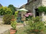 Charming cottage in hamelt near Dinan (B009)