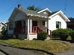 2 BD 1922 Bungalow in Vibrant SE Hawthorne area