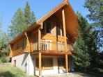 Kimberley 2bdrm+Loft Log Cabin...Private setting!