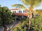 Seafront villa with tropical garden 4-10 persons.