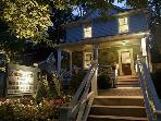 Louisa's Porch Homestay Bed & Breakfast